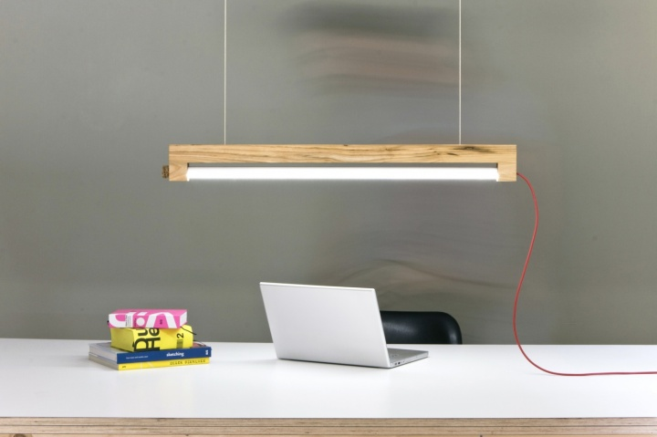 Waarmakers-1  Ninebyfour-Wooden-Led-Lamp-by-