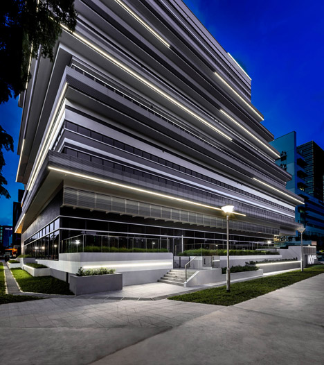 Ministry of design 100pp project in singapore lucept for Building exterior lighting design