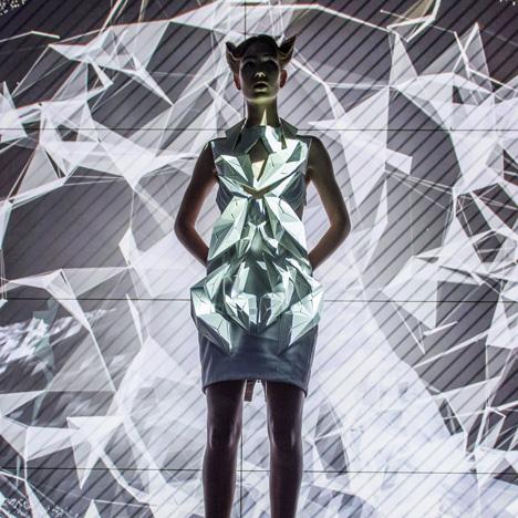 Annouk-Wipprecht-3D-printed-fashion-collection-for-Audi_dezeen_02