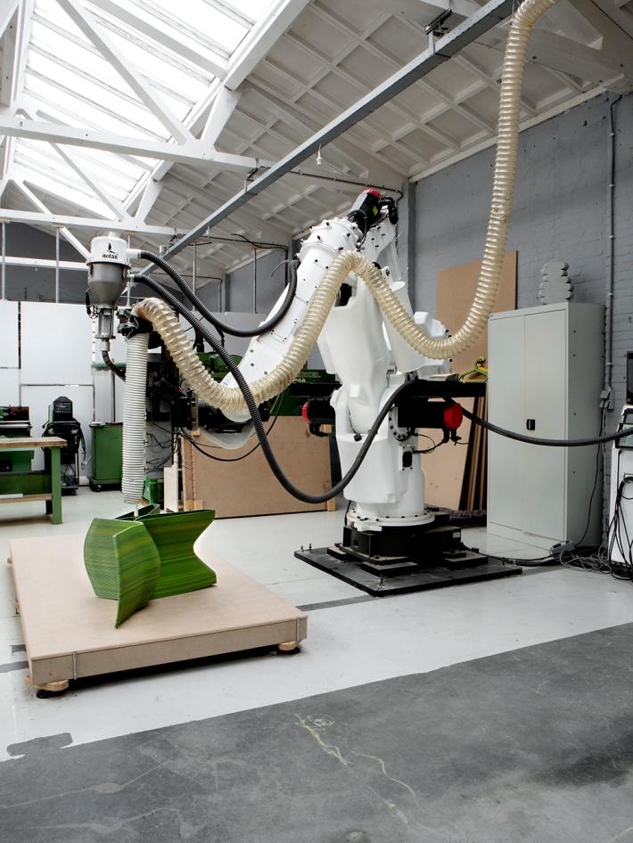 dirk Endless_robot.jpg